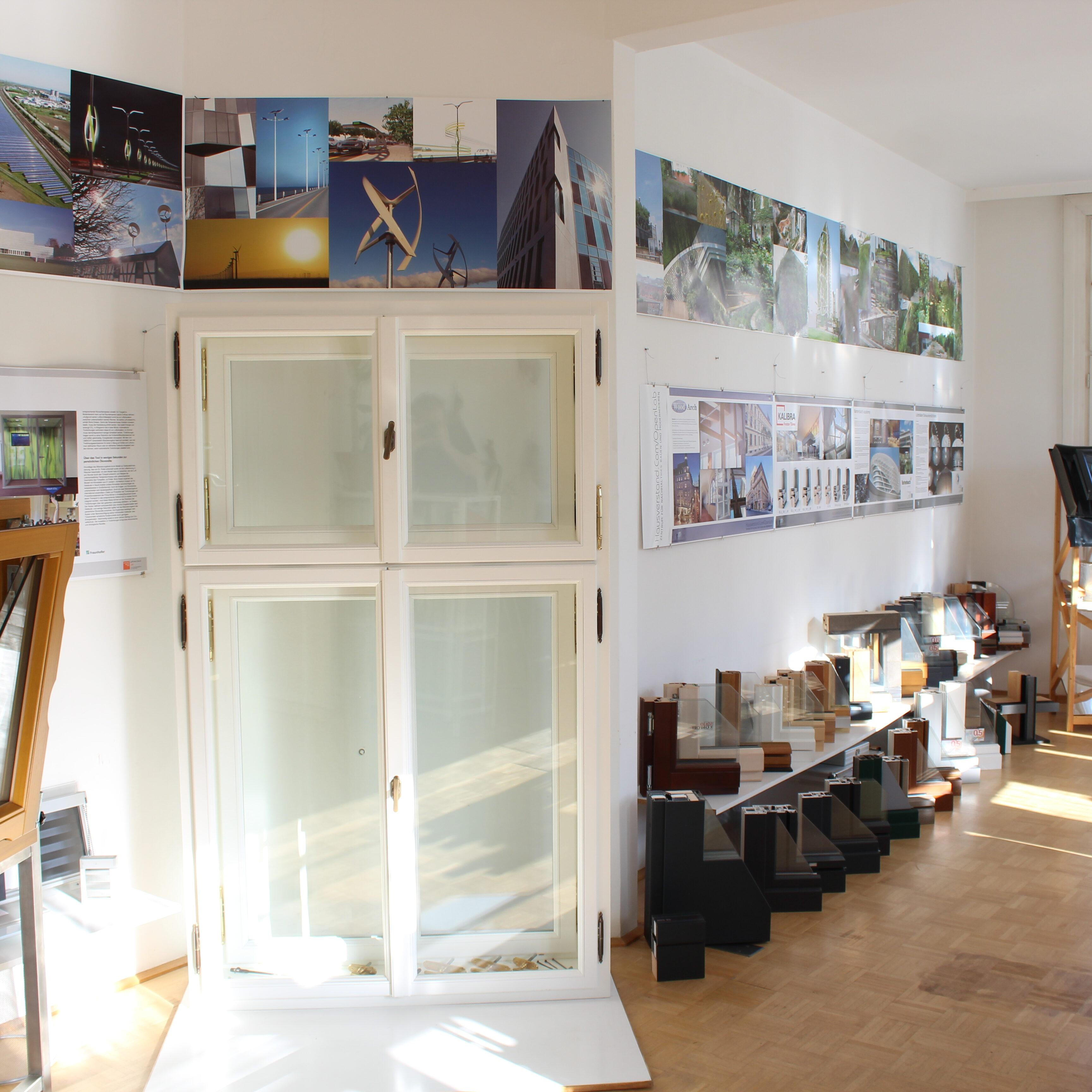 Exhibition at the Fenster Zentrum Wien Siebensternplatz